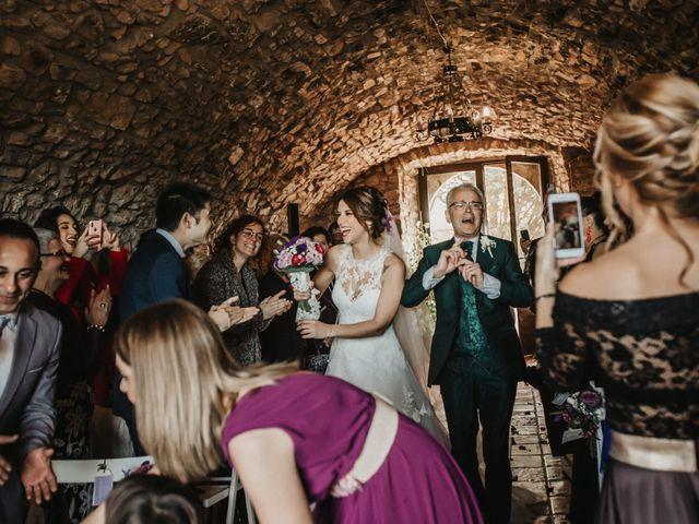 La boda de Jonathan y Ylenia en Sallent, Barcelona 24