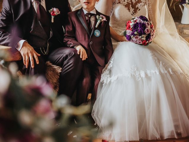 La boda de Jonathan y Ylenia en Sallent, Barcelona 29