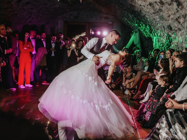 La boda de Jonathan y Ylenia en Sallent, Barcelona 56