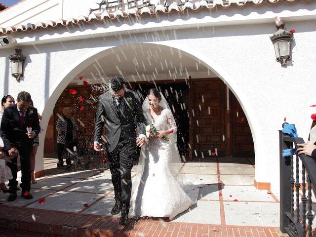 La boda de Antonio y Azahara en Arroyo De La Miel, Málaga 7