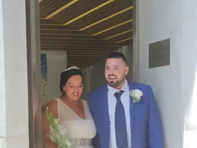 La boda de Miguel Ángel  y Almudena  en Cádiz, Cádiz 13