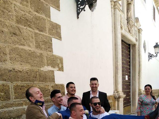 La boda de Miguel Ángel  y Almudena  en Cádiz, Cádiz 17