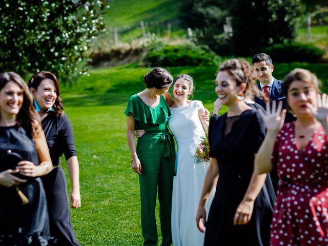 La boda de Carlos y Maria en Andoain, Guipúzcoa 56