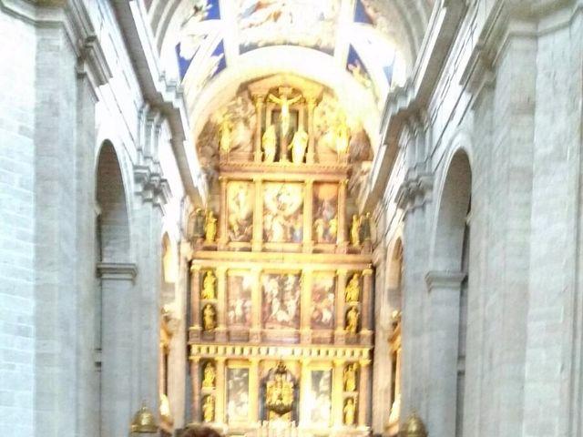 La boda de Rodrigo y Lourdes  en San Lorenzo De El Escorial, Madrid 1