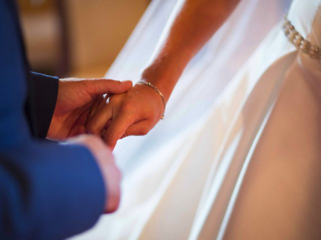 La boda de David y Raquel en Soto Del Barco, Asturias 18