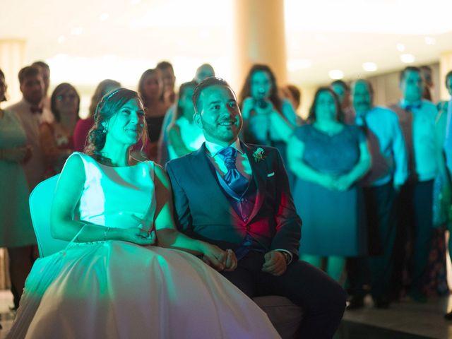 La boda de David y Raquel en Soto Del Barco, Asturias 27