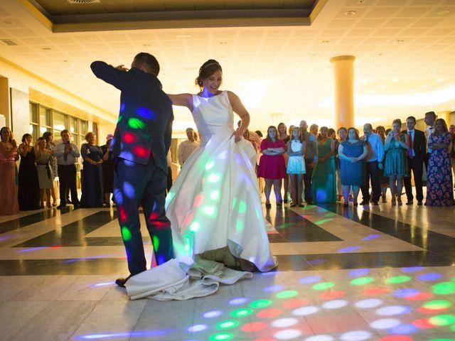 La boda de David y Raquel en Soto Del Barco, Asturias 28