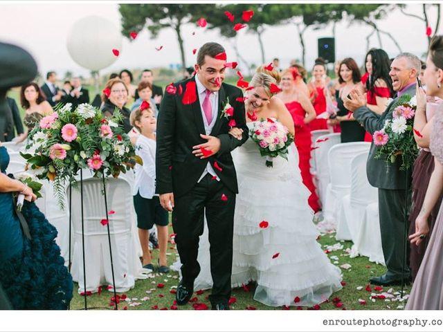La boda de Kike y Laura  en Cornella De Llobregat, Barcelona 2