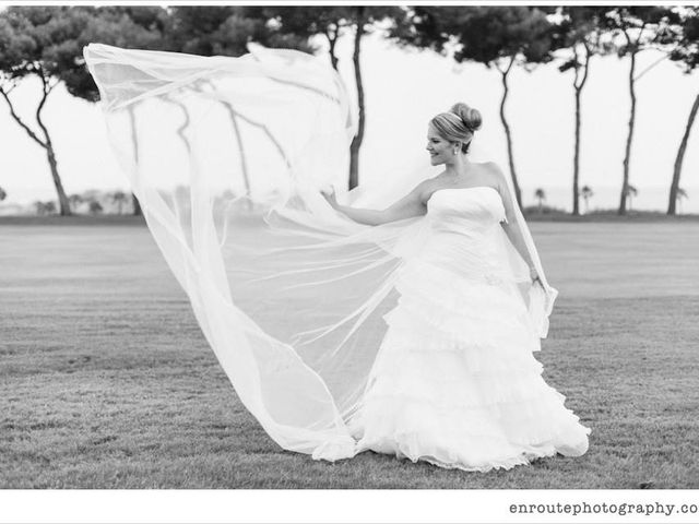 La boda de Kike y Laura  en Cornella De Llobregat, Barcelona 5