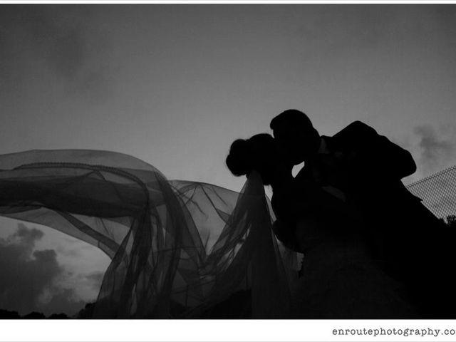 La boda de Kike y Laura  en Cornella De Llobregat, Barcelona 11