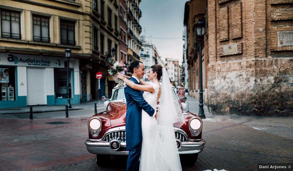 La boda de Daniel y Adriana en Valencia, Valencia