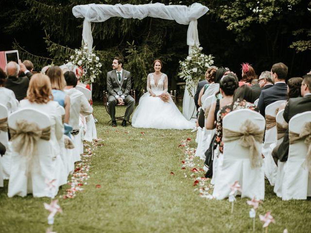 La boda de Carlos Vaquero y Paula Conde en Treceño, Cantabria 1