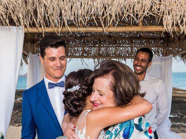 La boda de Enrique  y Maria  en Corralejo, Las Palmas 37