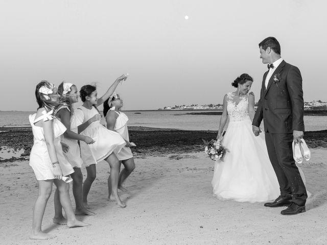 La boda de Enrique  y Maria  en Corralejo, Las Palmas 43