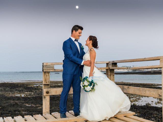 La boda de Enrique  y Maria  en Corralejo, Las Palmas 44