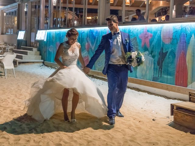 La boda de Enrique  y Maria  en Corralejo, Las Palmas 52