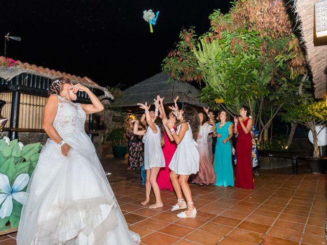La boda de Enrique  y Maria  en Corralejo, Las Palmas 71