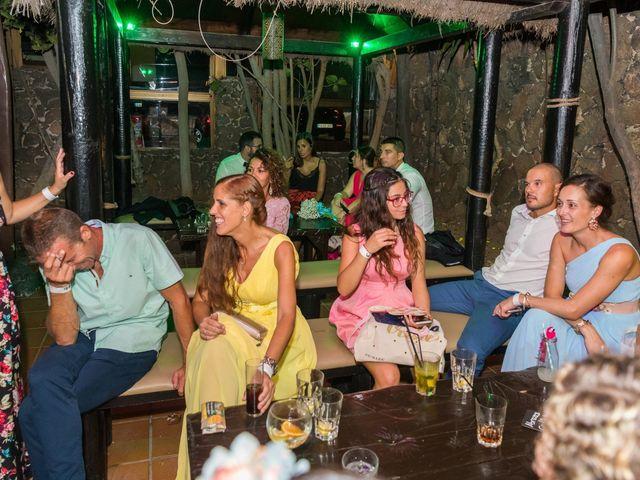 La boda de Enrique  y Maria  en Corralejo, Las Palmas 76