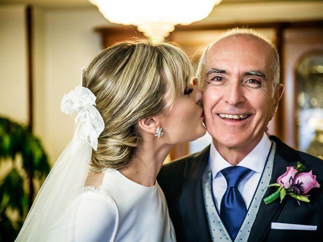 La boda de Cristian y Cristina en Alacant/alicante, Alicante 21