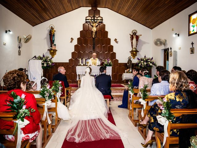 La boda de Cristian y Cristina en Alacant/alicante, Alicante 30