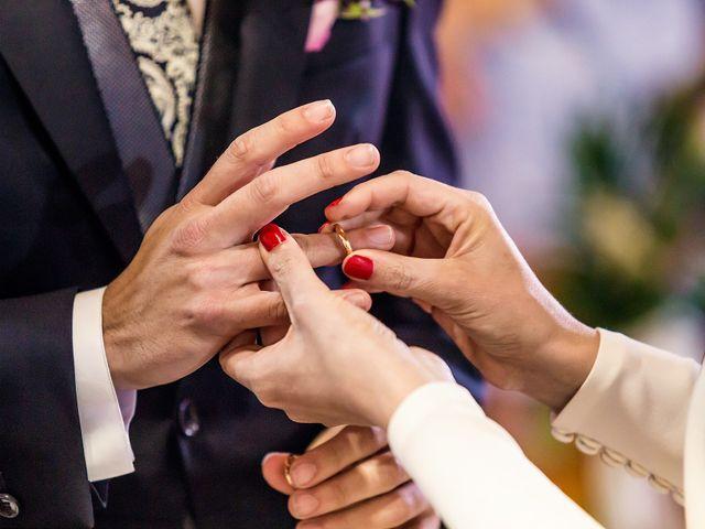 La boda de Cristian y Cristina en Alacant/alicante, Alicante 33