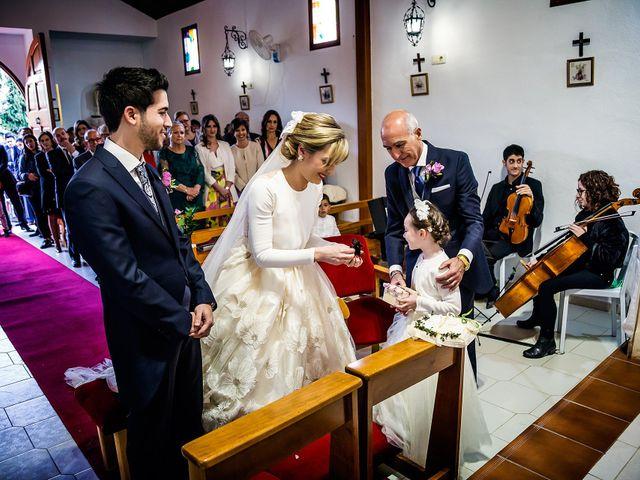 La boda de Cristian y Cristina en Alacant/alicante, Alicante 34