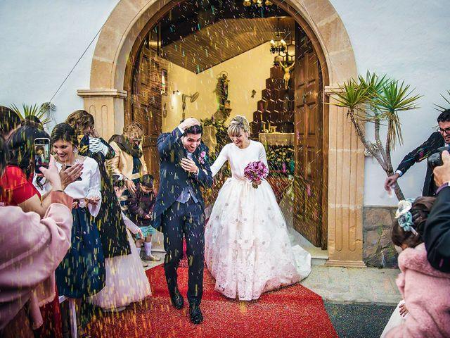 La boda de Cristian y Cristina en Alacant/alicante, Alicante 40