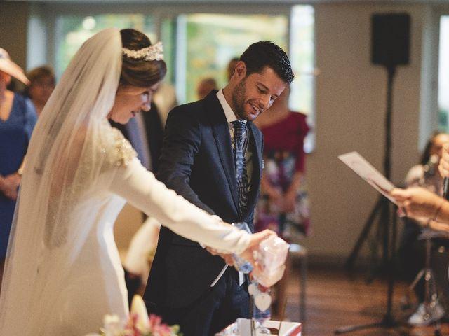 La boda de José Ramón  y Myriam en Pamplona, Navarra 34