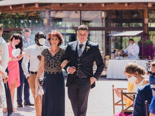 La boda de Jose y Raquel en Madrid, Madrid 22