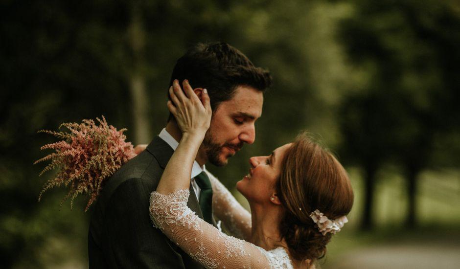 La boda de Carlos Vaquero y Paula Conde en Treceño, Cantabria