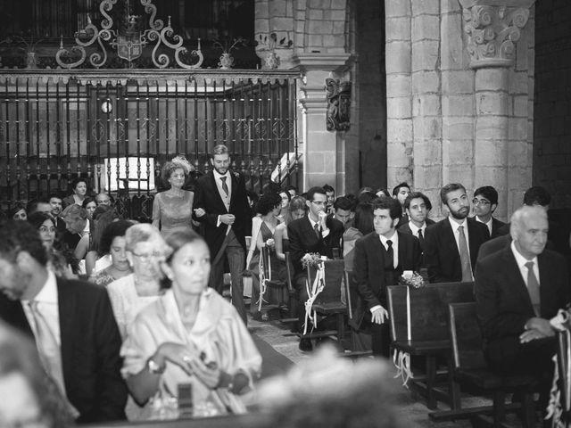 La boda de Benito y Lourdes en Treceño, Cantabria 17