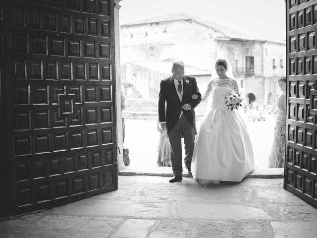 La boda de Benito y Lourdes en Treceño, Cantabria 19