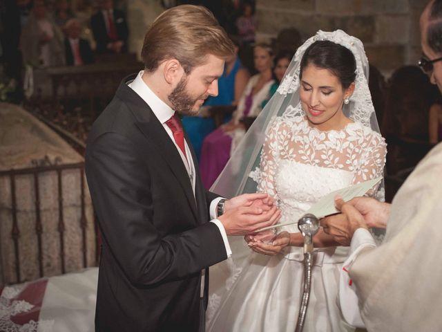 La boda de Benito y Lourdes en Treceño, Cantabria 23