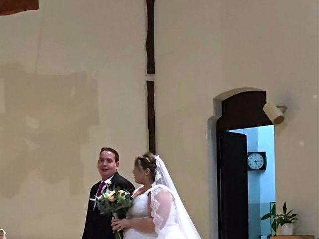 La boda de Jose y Sara en Santa Coloma De Gramenet, Barcelona 16