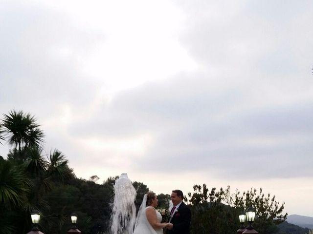 La boda de Jose y Sara en Santa Coloma De Gramenet, Barcelona 23