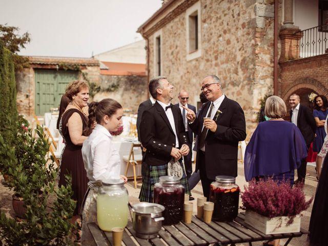 La boda de Andrés y Anna en Hoyuelos, Segovia 38