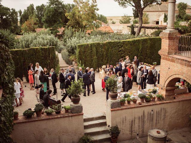 La boda de Andrés y Anna en Hoyuelos, Segovia 71