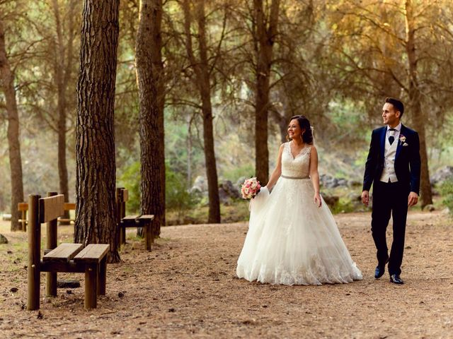La boda de Alberto y Beatriz en Valdilecha, Madrid 24