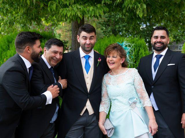 La boda de Elena y Diego en Miraflores De La Sierra, Madrid 13
