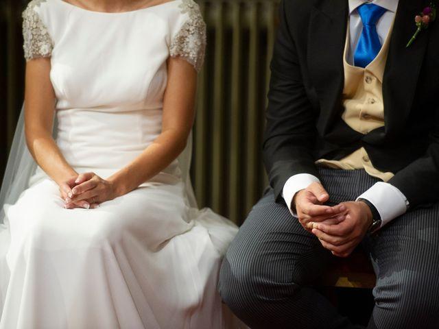 La boda de Elena y Diego en Miraflores De La Sierra, Madrid 16