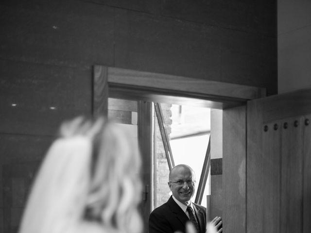 La boda de Antonio y Laura en Ballesteros De Calatrava, Ciudad Real 17