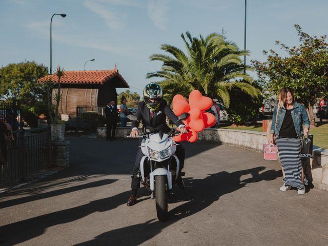La boda de Manu y Luci en Naveces, Asturias 37