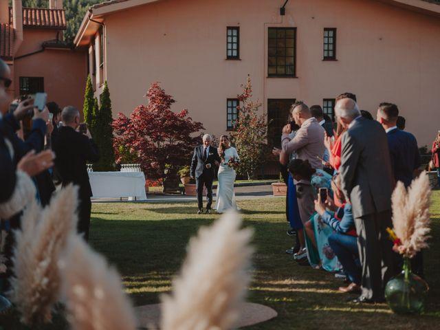 La boda de Manu y Luci en Naveces, Asturias 44