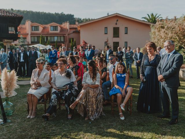 La boda de Manu y Luci en Naveces, Asturias 60