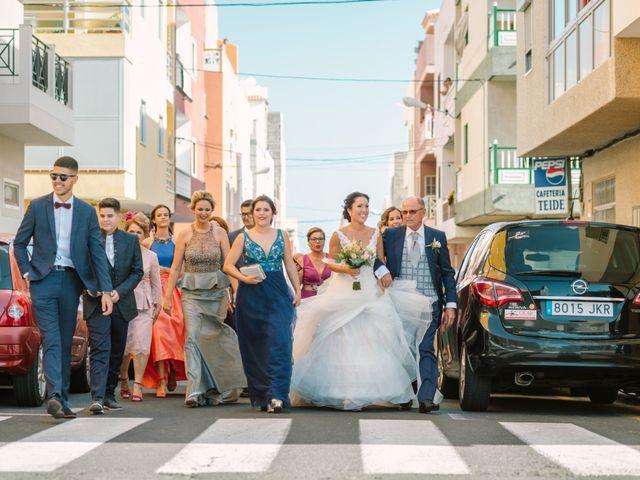 La boda de Pedro y Estefanía en Santa Cruz De Tenerife, Santa Cruz de Tenerife 26
