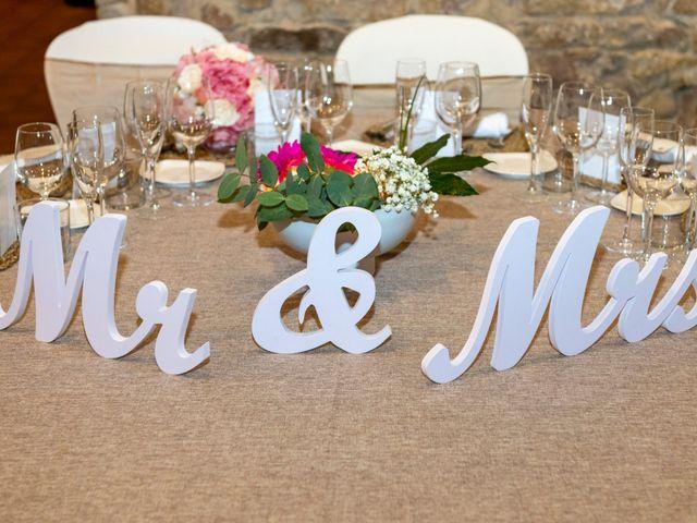 La boda de Daniel y Virginia en L' Hospitalet De Llobregat, Barcelona 2