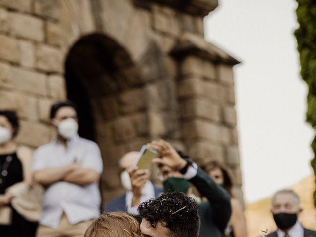 La boda de Ángel y Deyanira en Monistrol De Montserrat, Barcelona 36