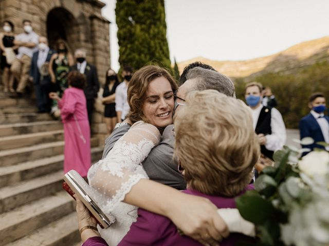 La boda de Ángel y Deyanira en Monistrol De Montserrat, Barcelona 37