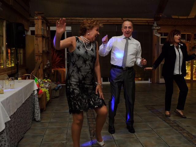 La boda de David y Elena en Casas De Los Pinos, Cuenca 17