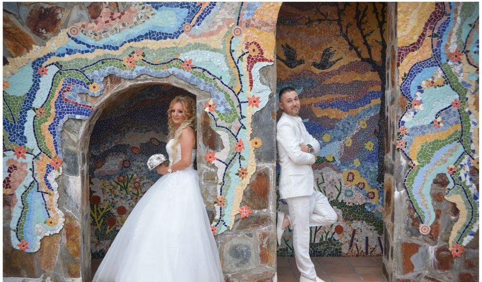 La boda de Carlos y Sara en Sabadell, Barcelona